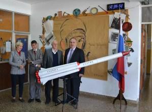 Construyendo Lazos, el programa aeroespacial que une la Escuela Técnica 1 con Rusia