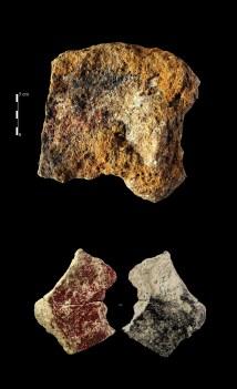 Blocs ocrés, Grotte du Taillis des Coteaux