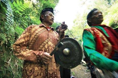 Bonang, an instrument of gamelan orchestra. Magelang Regency, August 13, 2013.