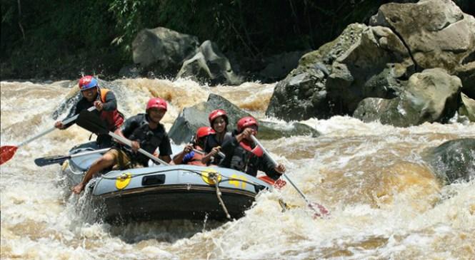Wisata Arung Jeram Sungai Progo