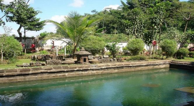 Wisata Candi Umbul