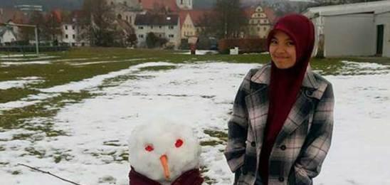 Nafisatul Wakhidah : Perempuan Tangguh Asal Srumbung yang berhasil kuliah di Jerman