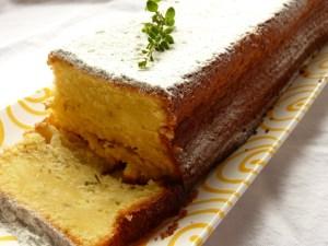 joghurt-thymian-cake