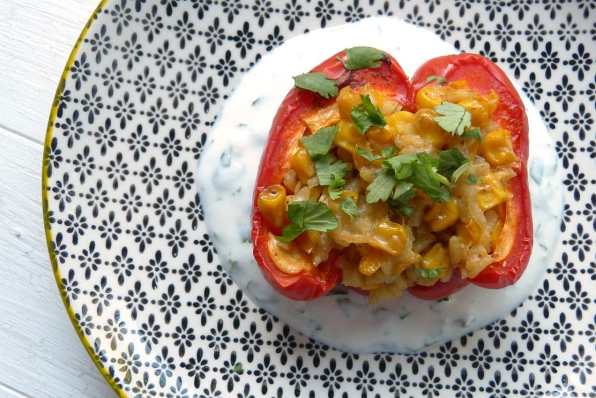 Mit Maisrisotto gefüllte Paprika