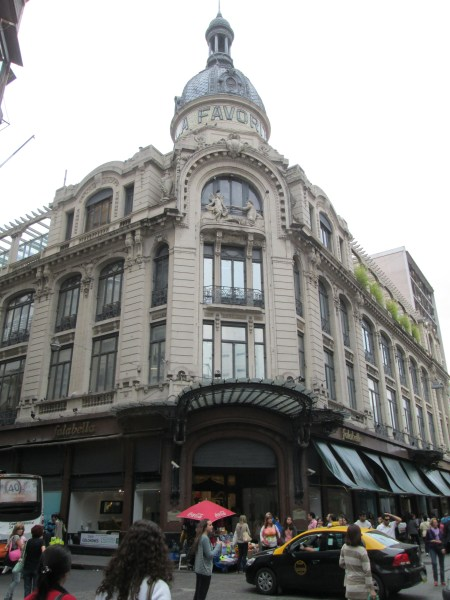 Superbe grand magasin Falabella
