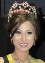 LEE YVONNE, Miss Malaysia World 2012