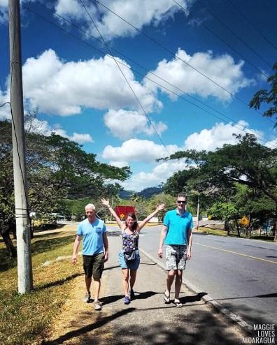 Willem, Maggie und Edwin auf dem Weg nach San Carlos