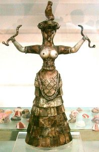 Minoan priestess