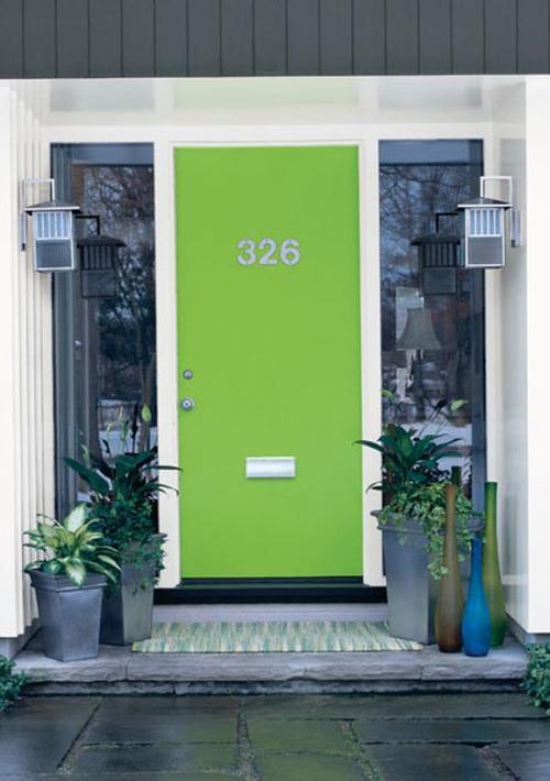 CI-Sherwin-Williams_Bright-Green-Front-Door_s3x4_lg