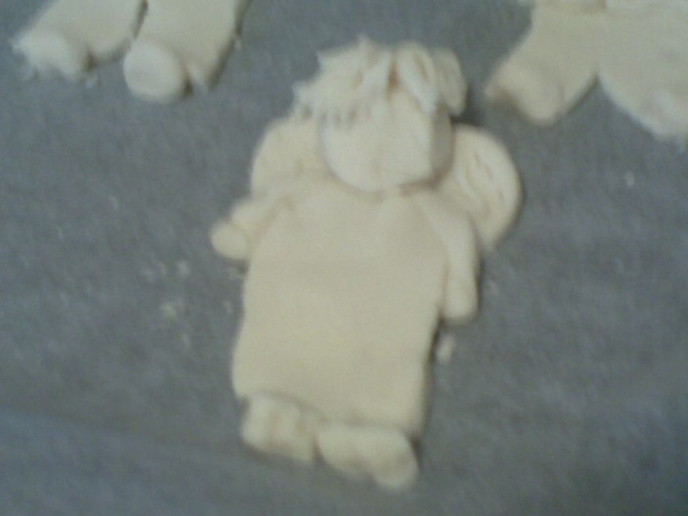 Salt dough angels  (4/6)
