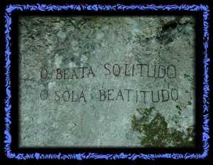 Inschrift in der Ermitage von Arlesheim