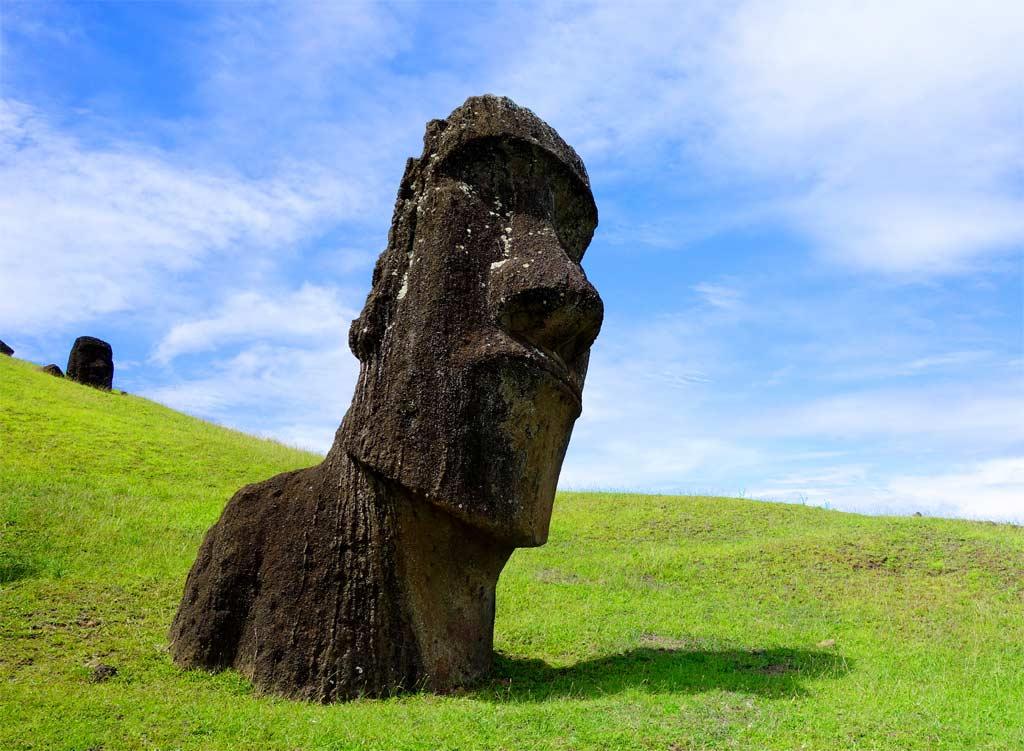 Alte Moai Figur auf Rapa Nui