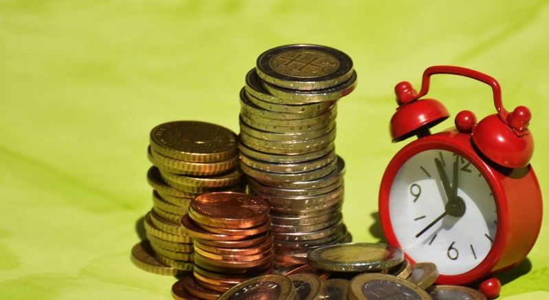 Time is money 1601994 1280
