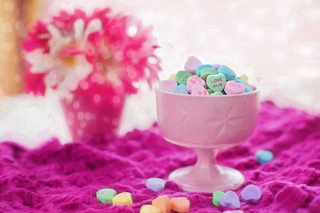 valentine-candy-626447_640