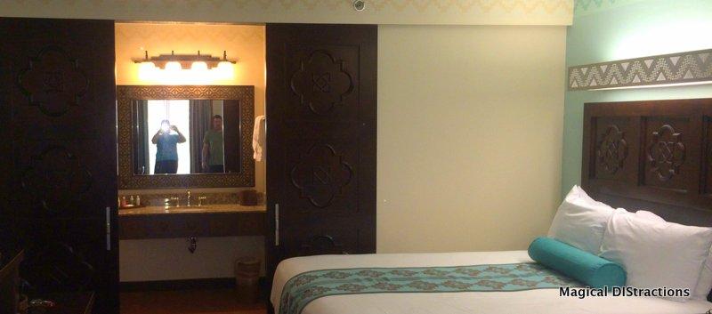 Standard Room - Vanity