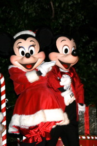Mickey and Minne dressed as Santa and Mrs. Claus