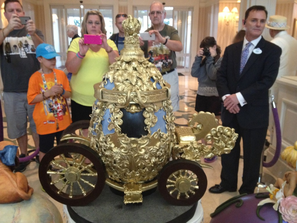 Cinderella's Carriage Easter Egg