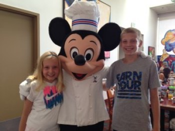 Character Meet - Mickey Mouse - Chef Mickey's