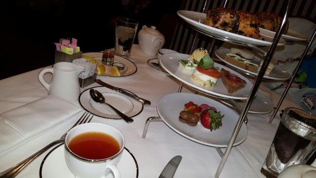 Redbush Caramel Velvet tea (hot) and the Classic Tea Party Tower