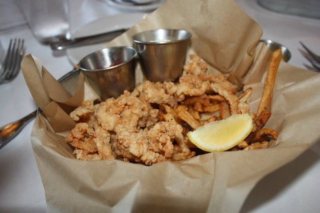 Boathouse fried clams