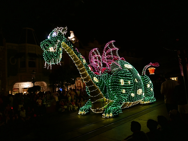 Pete's Dragon at the Main Street Electrical Parade