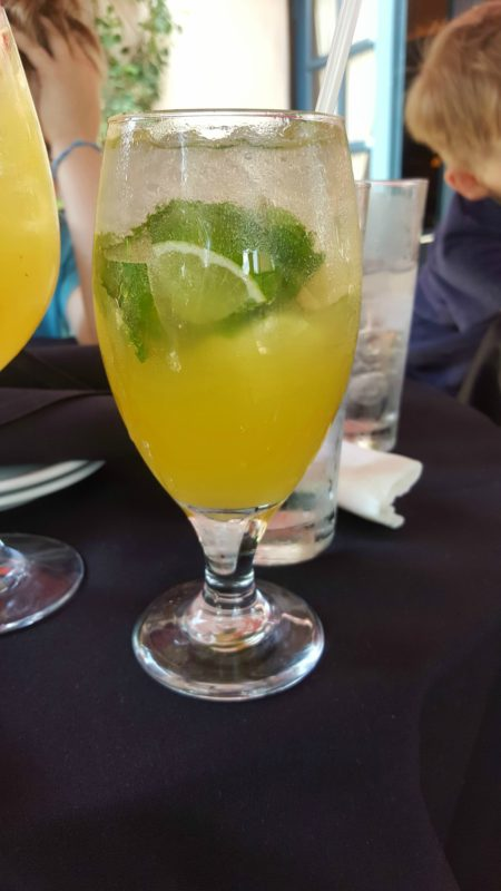 Hollywood Brown Derby Lounge White Sangria