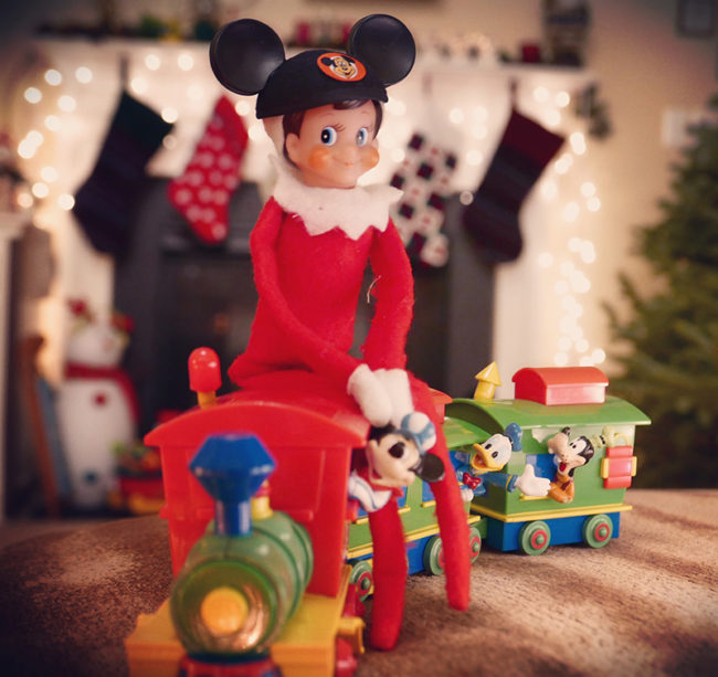 Disney-obsessed-elf-on-the-shelf-walt-disney-world-railroad
