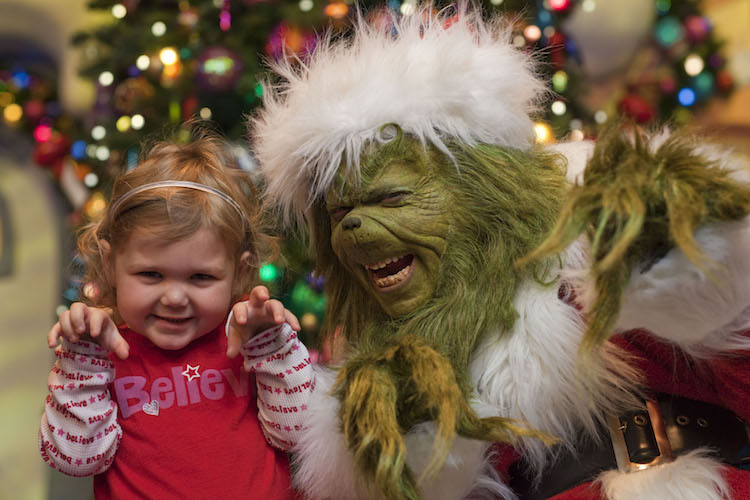 6 Reasons to attend the all-new Holiday Celebration at Universal Orlando Resort.