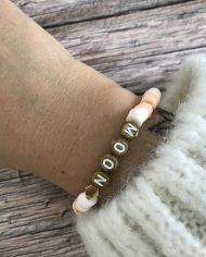 bracelet-surfeur-heishi-moonchild-blanc-saumon