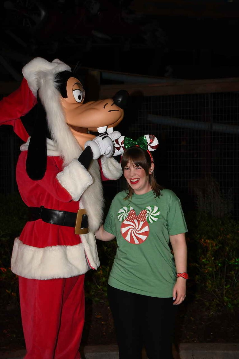 Photo of Santa Goofy at Mickeys Very Merry Christmas Party
