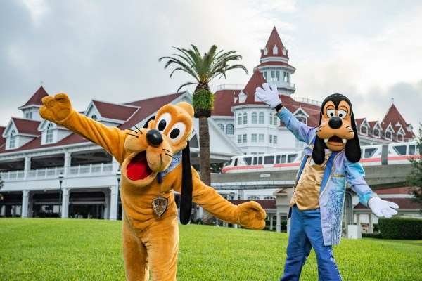 goofy and pluto 50th anniversary costumes