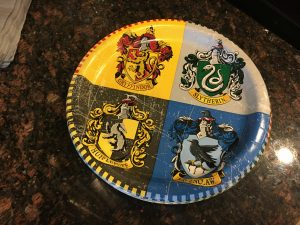 magical mama blog harry potter first birthday party plates hogwarts hufflepuff gryffindor slytherin ravenclaw