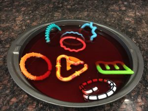Magical Mama Blog 8 things to do with lots of links linkies link chains jello dig