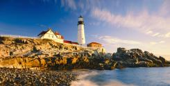 Picturesque-Maine-Lighthouse-shot1-1
