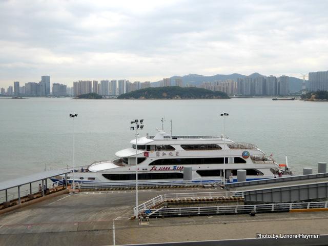 xiamen port boat