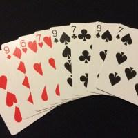 赤いカードと黒いカード