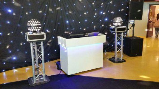 DJ Booth-70-3