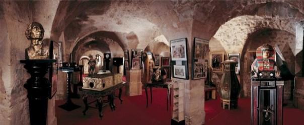 Une vue panoramique d'une partie des salles voutées du Musée de la magie. D.R.