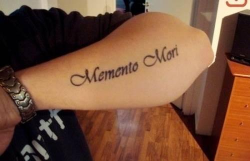 Damski Tatuaż Na Ramieniu W Formie Serca Znaczenie Tatuażu Wilka Obciążenie Semantyczne Męskich Tatuaży