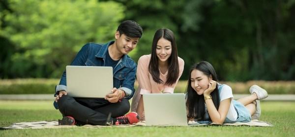 Manfaat Penggunaan Komputer Bagi Siswa