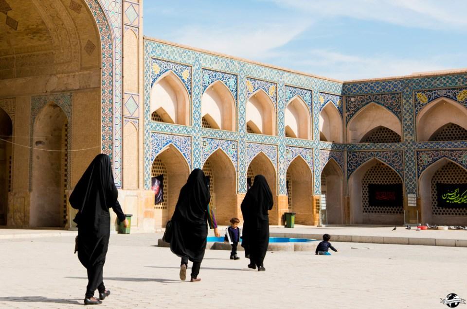 Voyager en Iran quand on est une fille: mes conseils pratiques!