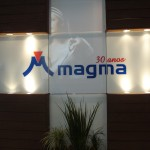 Stand Magma Couro Visão