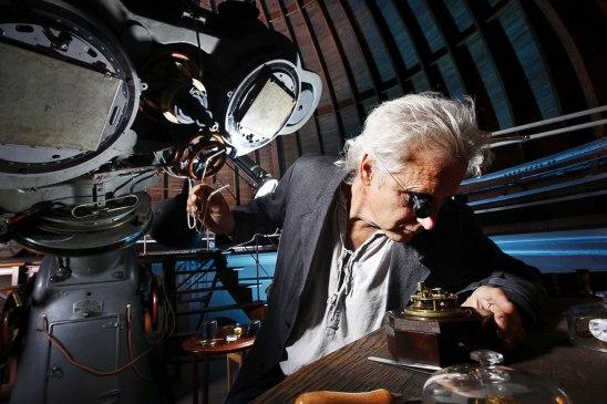 Montre planétaire millénaire Orrery de la collection Geo.Graham