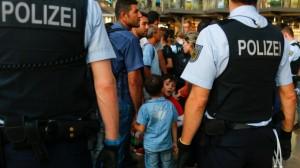 emigranti_frontiera