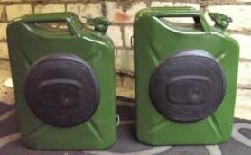 Magnat Boxen in 20 Liter Benzinkanister
