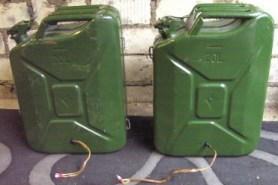 Magnat Boxen in 20 Liter Benzinkanister-
