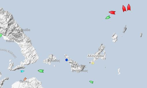 δεξαμενόπλοιο στην Ψαθούρας Αλονήσου