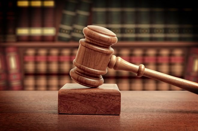 Παντρεμένος δολοφόνησε την ερωμένη του και… αθωώθηκε