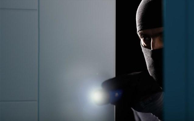 Νέα Ιωνία: Ήρθε πρόσωπο με πρόσωπο με επίδοξο κλέφτη!