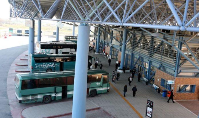 Lockdown: Τι ισχύει για ακύρωση εισιτηρίου σε ΚΤΕΛ, πλοίο, τρένο, αεροπλάνο